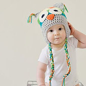 Baby hair accessories for fine hair-Toddler with cute hat on