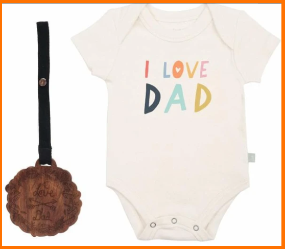 Best infant baby clothes gift sets-Organic baby clothing giftset.