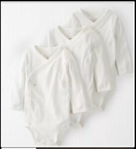 Carter's organic body suit bundles with side snaps.